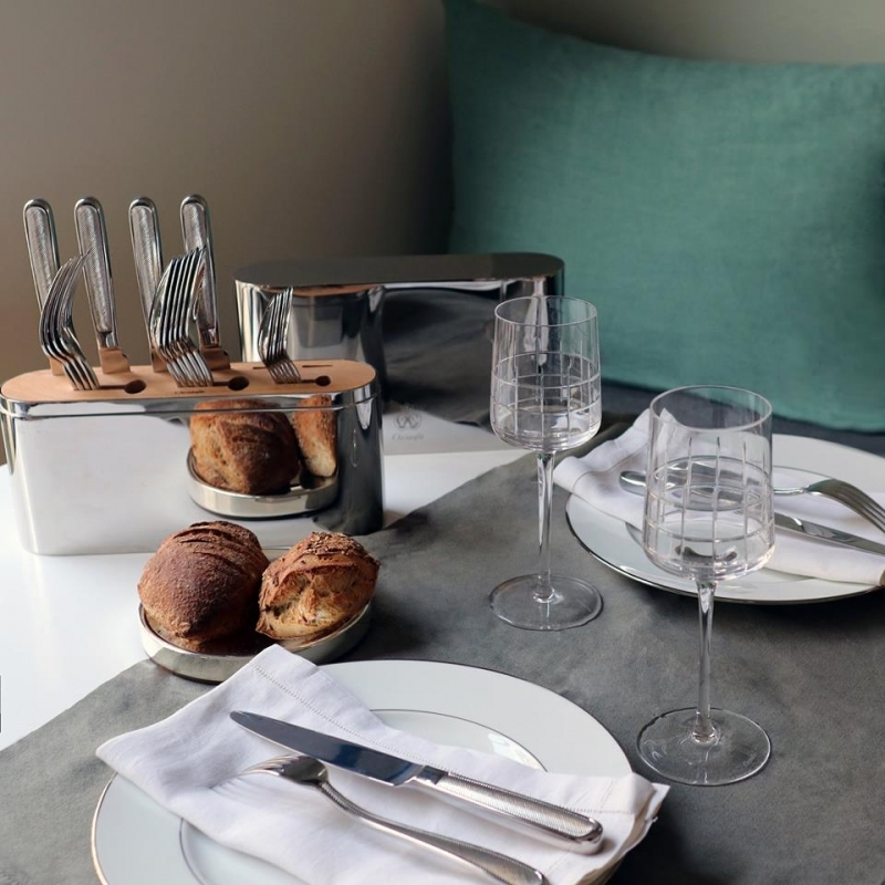 CONCORDE 24-piece stainless steel flatware set for 6 persons.